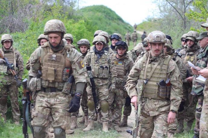 """В Одесі підрахували, скількіки бійців """"Азову"""" прибуло до міста - фото 3"""