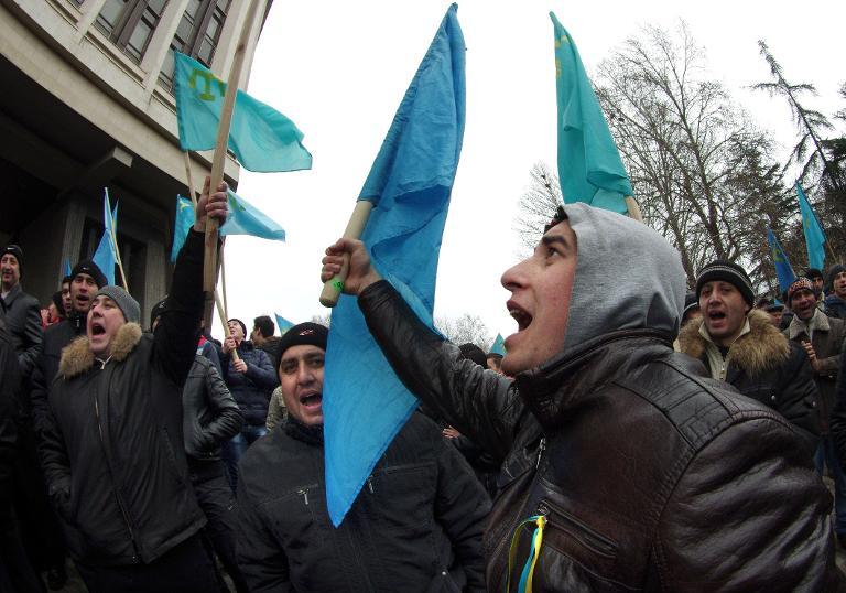 Хроніки окупації Криму: мітинг 26 лютого - фото 8