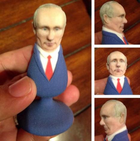 Куди росіяни мостять президента: Підбірка, від якої може знудити - фото 20