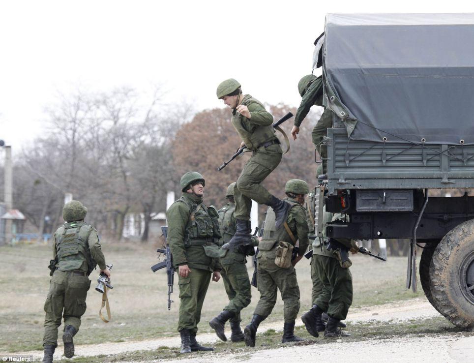 Хроніки окупації Криму: 1 березня, за крок від війни - фото 1