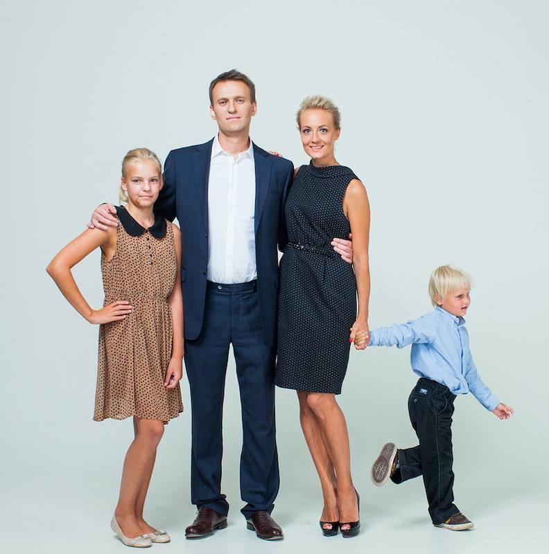 Соцмережі висміяли сімейні цінності Путіна - фото 4