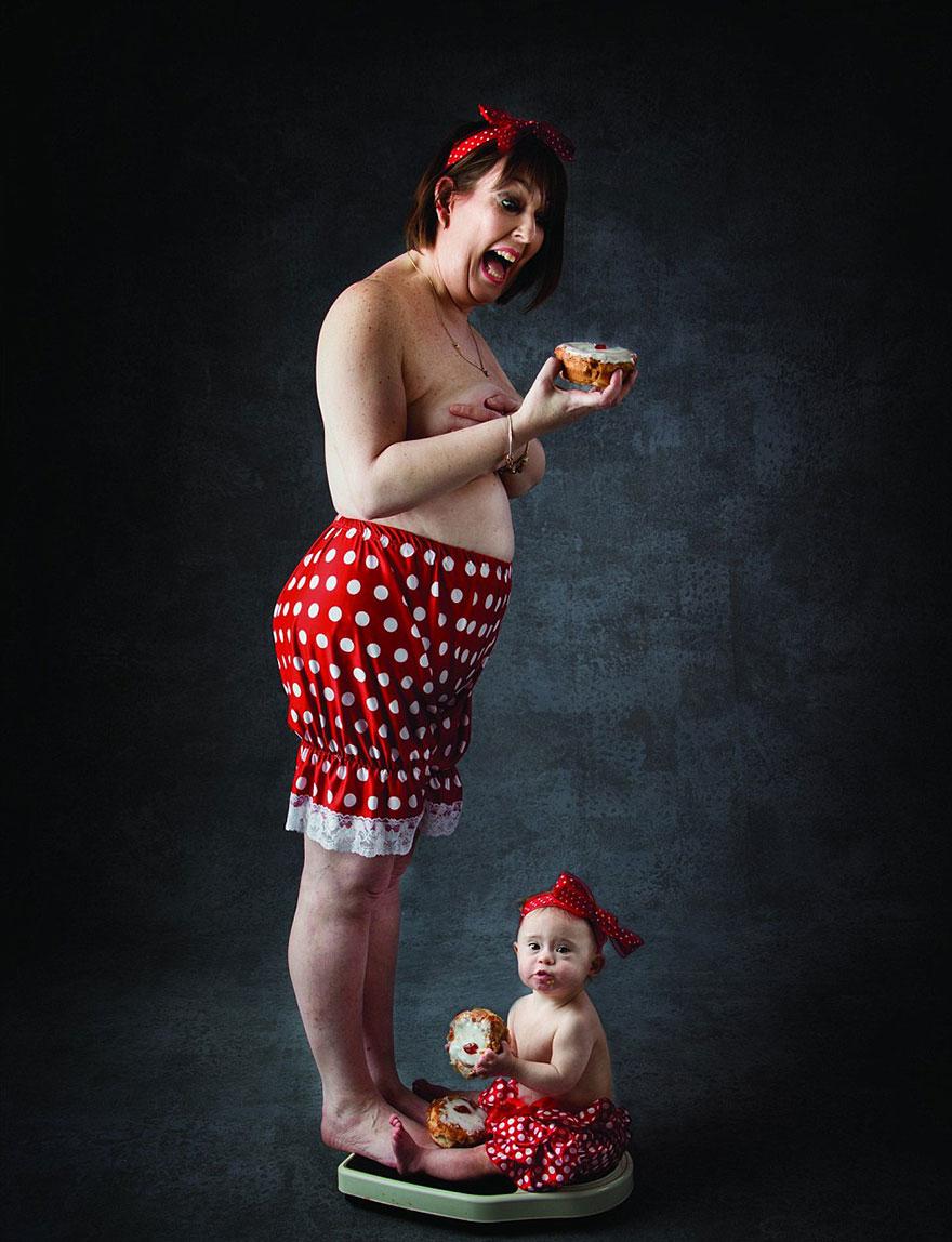Календар дітей із синдромом Дауна та з оголеними акушерками підкорив інтернет  - фото 3