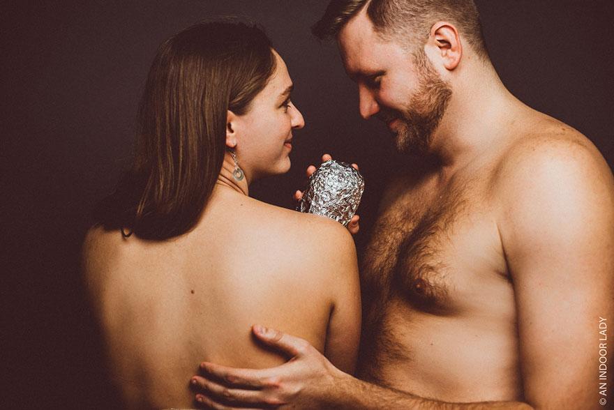 Пара зробила зворушливу фотосесію з буріто замість дитини - фото 3
