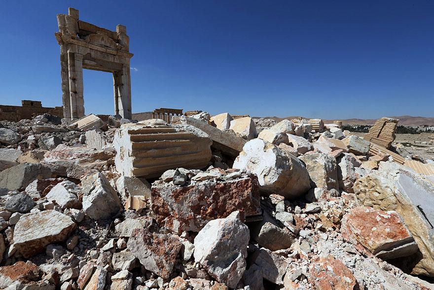 До та після ІДІЛ: несамовиті фото руйнування історичних пам'яток - фото 5