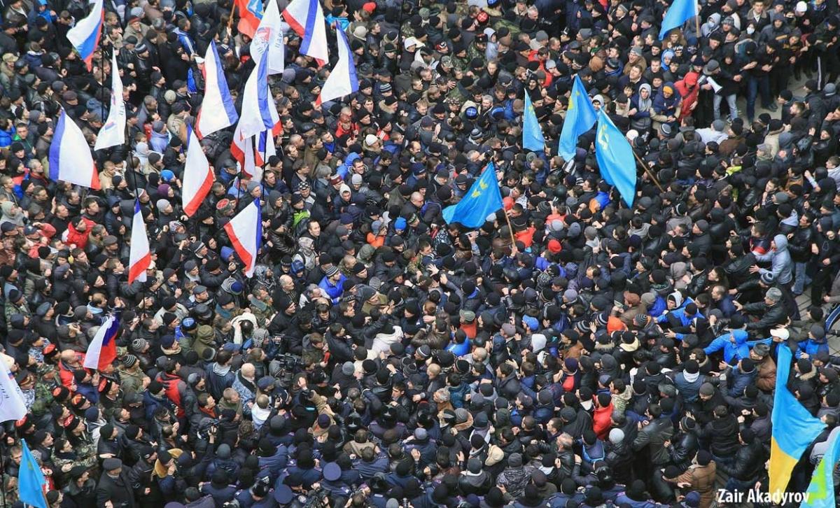Хроніки окупації Криму: мітинг 26 лютого - фото 7