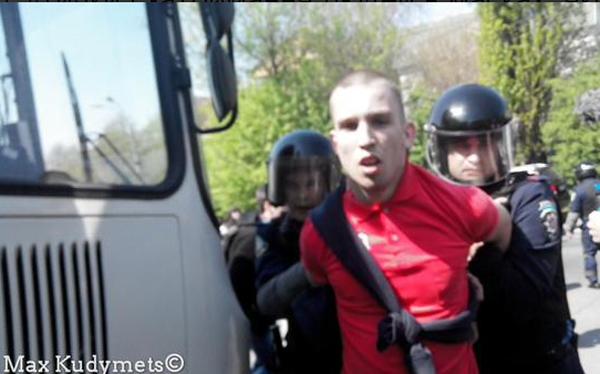 Сутички з комуністами на 1 травня в Києві (ФОТО, ВІДЕО) - фото 1