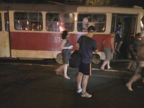 На Салтівці злетів з рейок трамвай - фото 3