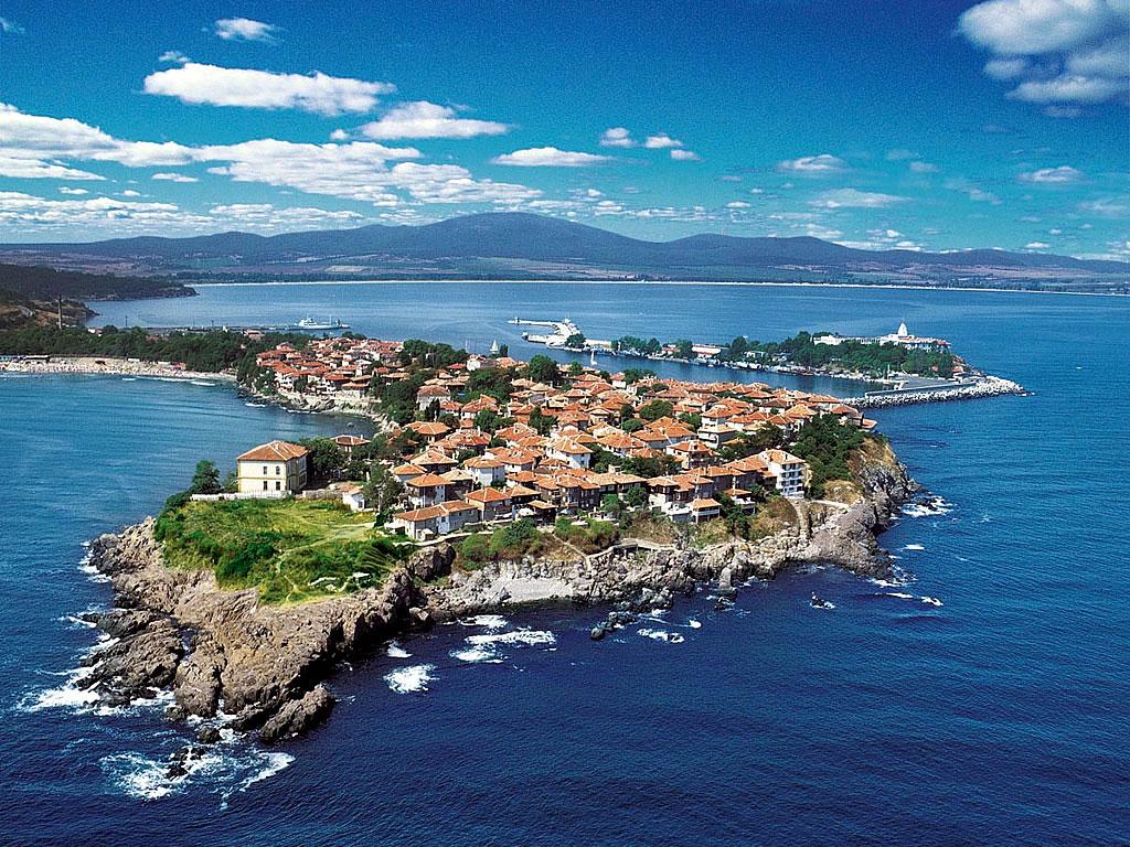 Іспанія, Болгарія та миколаївські курорти: де відпочиватимуть депутати міськради - фото 3