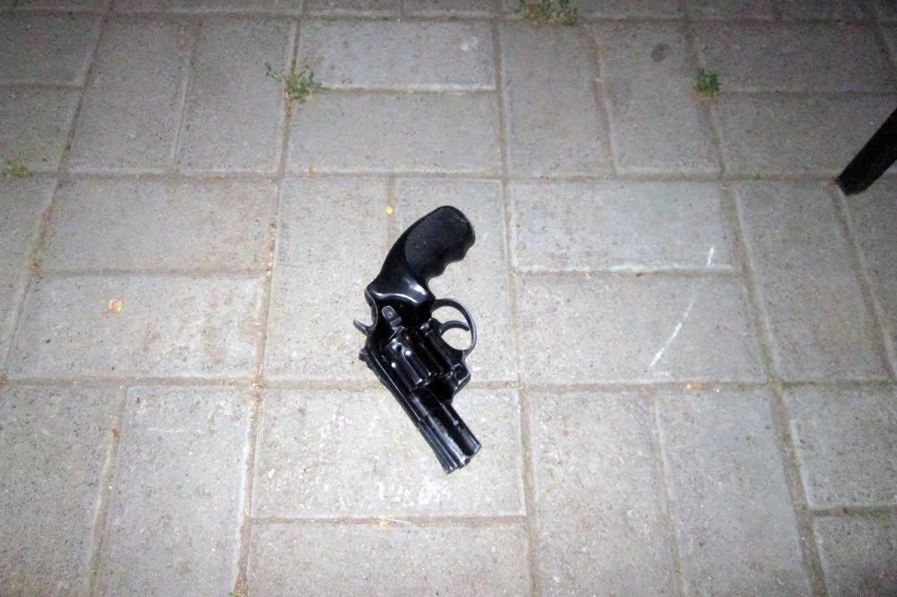 У Миколаєві п'яний дебошир влаштував стрілянину в кафе - фото 2