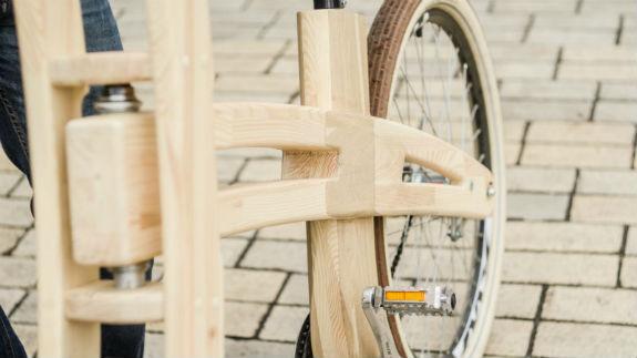 Киянин майструє унікальні дерев'яні велосипеди за $1,2 тисячі  - фото 8