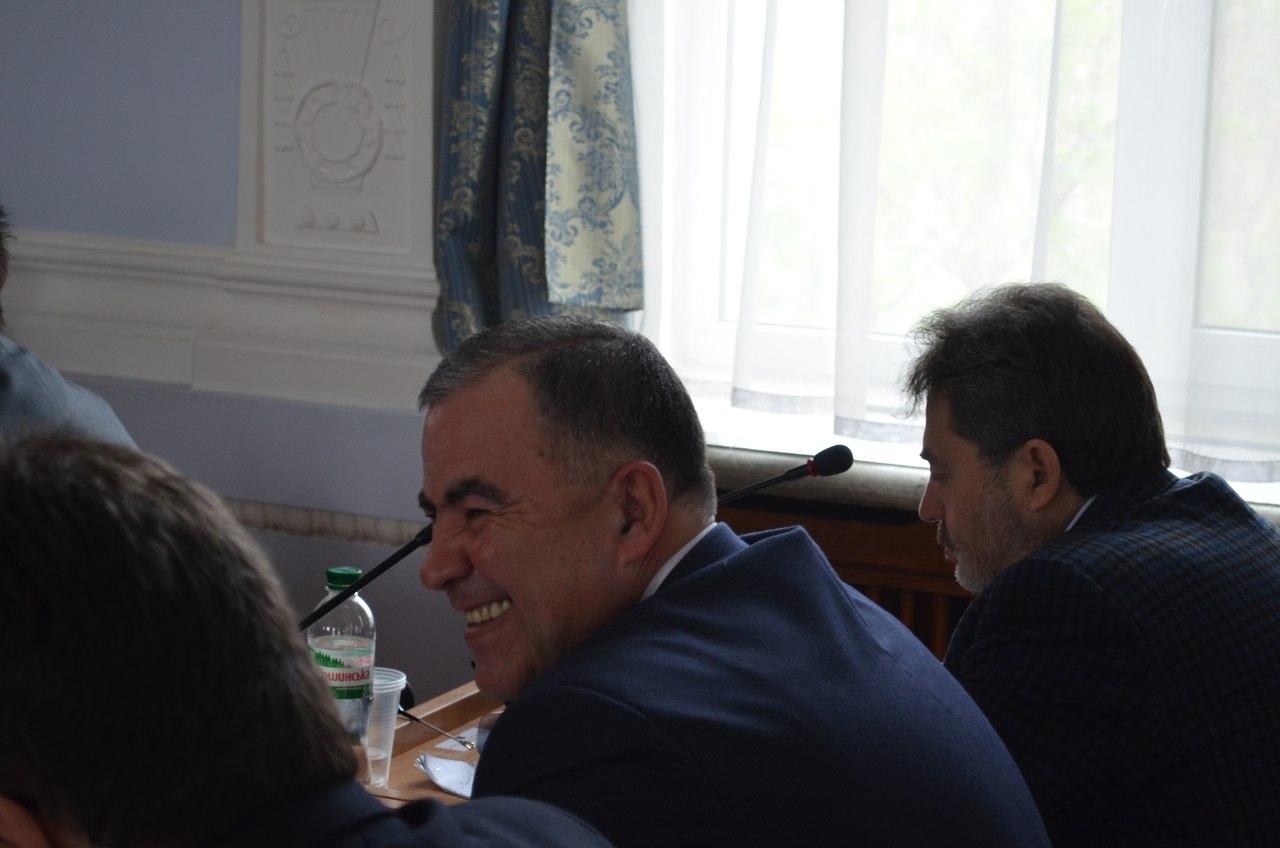 Проголосував сам - проконтролюй друга: ляпи депутатів та мера Миколаєва - фото 1