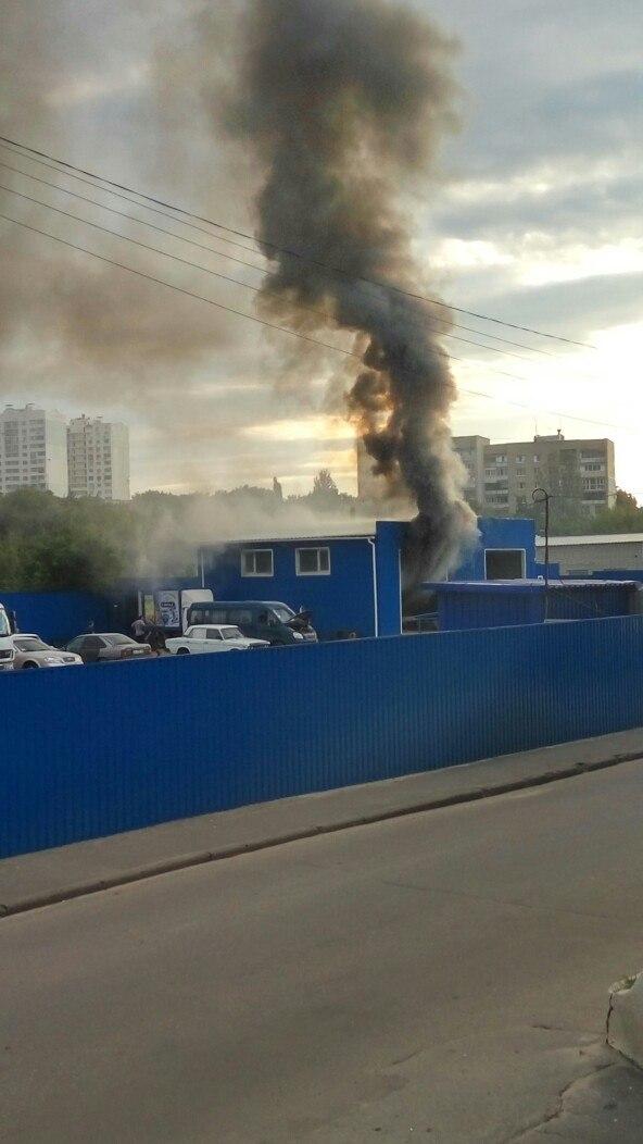 У Харкові на території гаражного кооперативу пролунав вибух (ВІДЕО, ФОТО) - фото 1