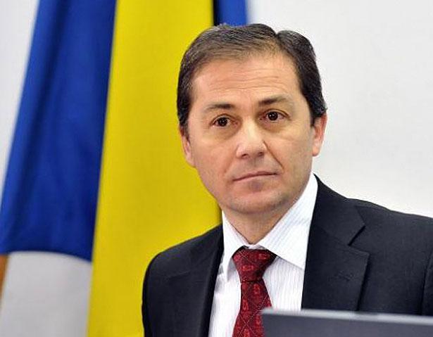 Людина яка переламала систему в Румунії та поборола корупцію - фото 14