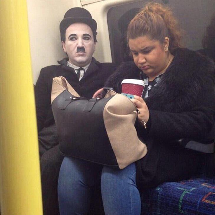 35 неймовірних диваків у метро - фото 23
