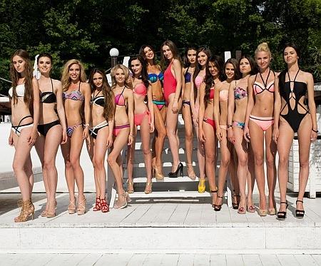 """Як конкурсантки """"Міс Україна Всесвіт"""" у бікіні на сонці ніжилися - фото 2"""