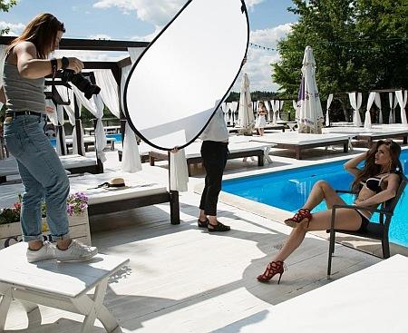 """Як конкурсантки """"Міс Україна Всесвіт"""" у бікіні на сонці ніжилися - фото 5"""