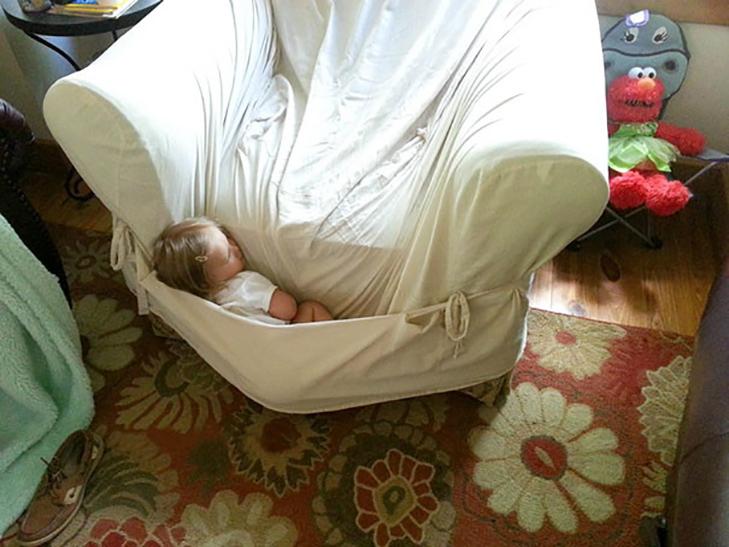 35 кумедних доказів того, що діти можуть заснути де завгодно - фото 14