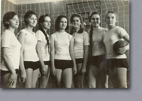Дикий СРСР: Як у витягнутих штанях козлів матами обкладали - фото 7