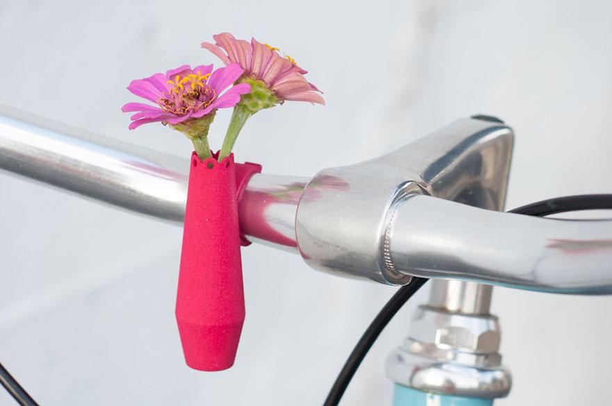Новий хіт сезону: вази, які кріпляться до велосипедів - фото 1