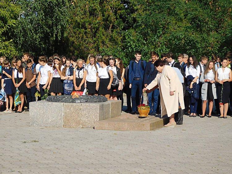 На Миколаївщині з'явився ще один  пам'ятний знак Героям Небесної Сотні - фото 1