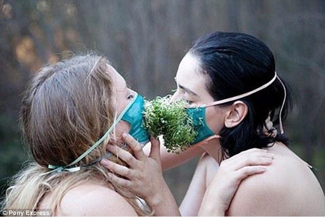 Як австралійці практикують сексуальні ігрища з травою - фото 5