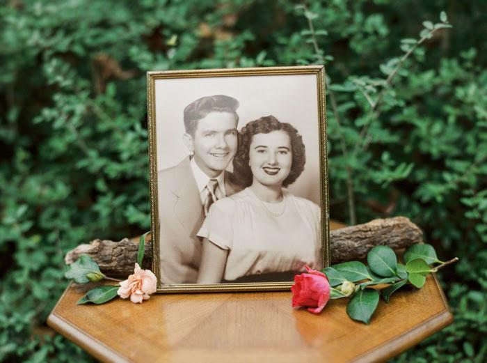 Пара, яка зробила першу весільну фотосесію через 63 роки, підірвала інтернет - фото 5