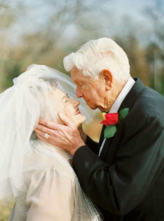 Пара, яка зробила першу весільну фотосесію через 63 роки, підірвала інтернет - фото 4
