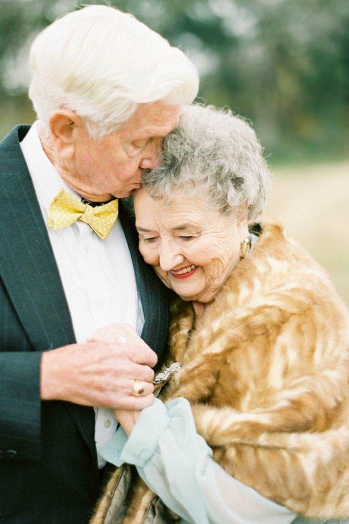Пара, яка зробила першу весільну фотосесію через 63 роки, підірвала інтернет - фото 6