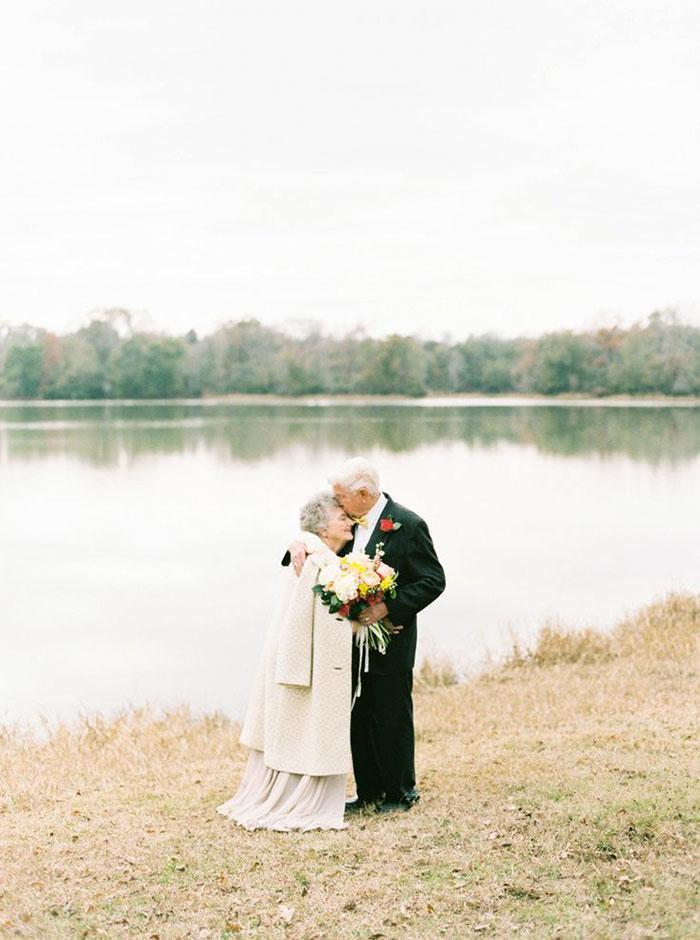 Пара, яка зробила першу весільну фотосесію через 63 роки, підірвала інтернет - фото 2