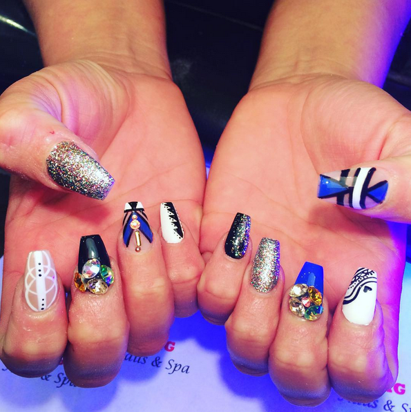 Найжахливіший тренд 2015: нігті у вигляді труни - фото 3