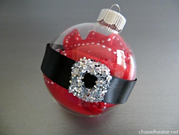 ТОП-10 найяскравіших способів прикрасити кульки для новорічної ялинки  - фото 10
