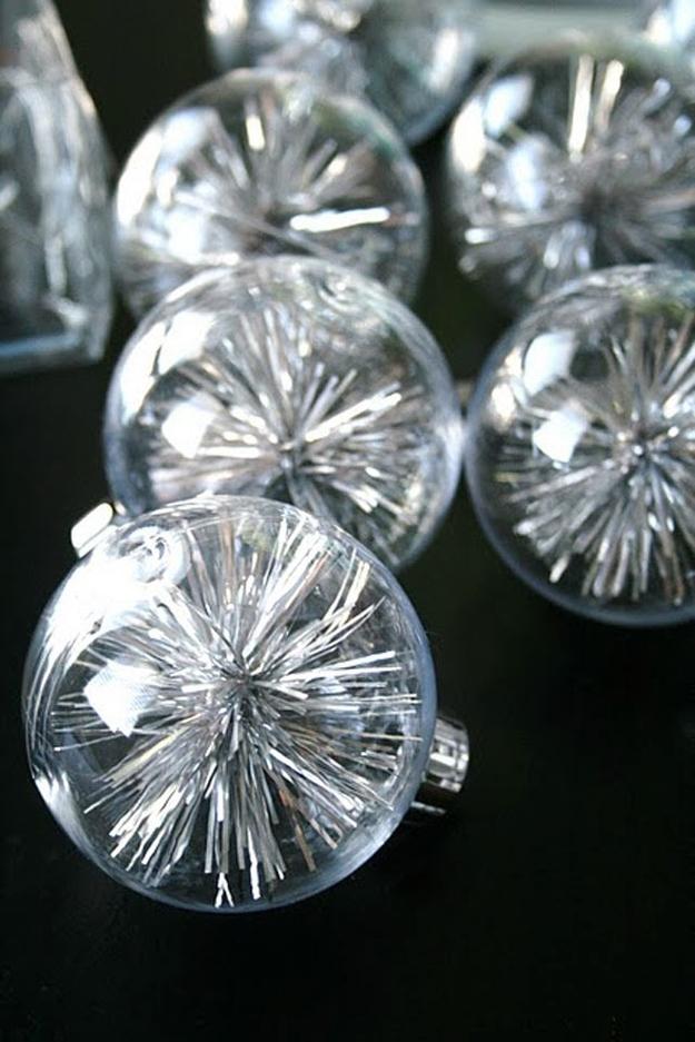 ТОП-10 найяскравіших способів прикрасити кульки для новорічної ялинки  - фото 4