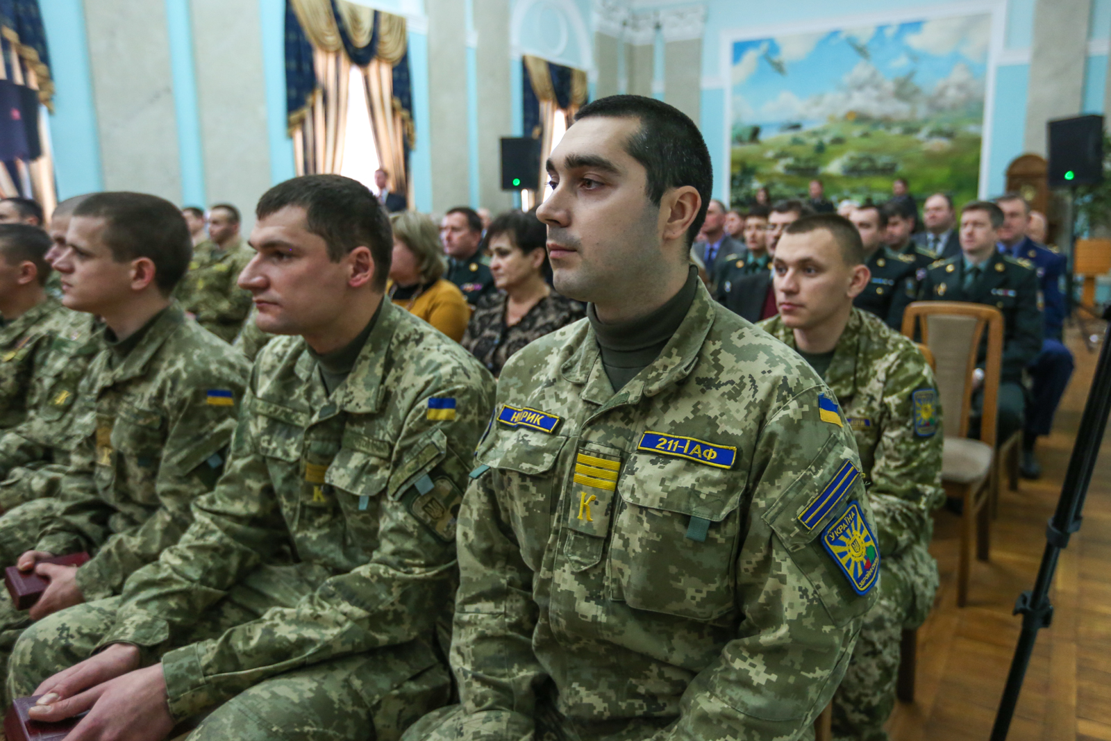 Полторак нагородив бійців АТО з нагоди Дня пам'яті Героїв Крут - фото 4