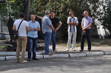 Ляшко у супроводі камер Ахметова приїхав на миколаївський завод Новинського - фото 2