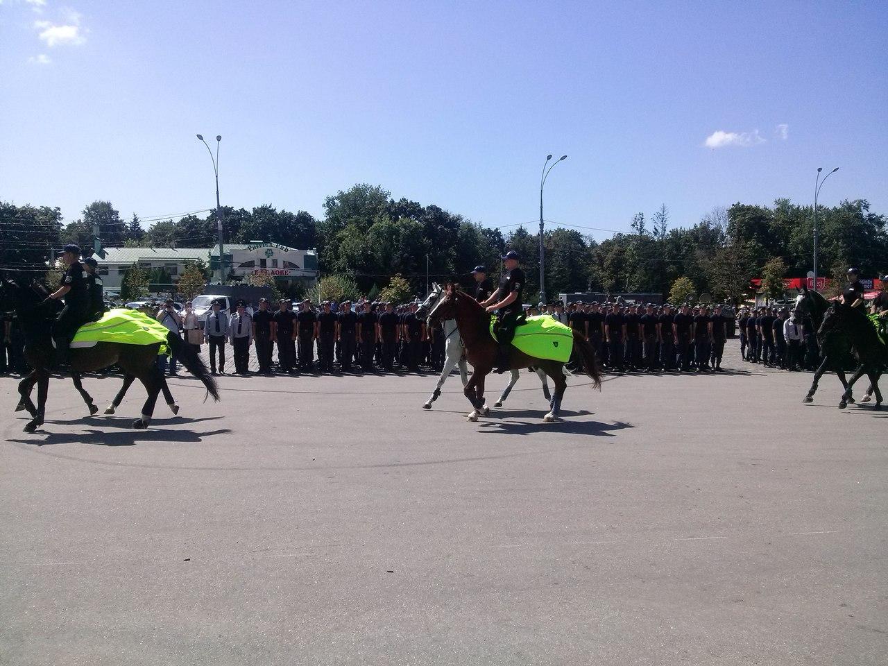 Як у Харкові святкують річницю Національної поліції  - фото 1
