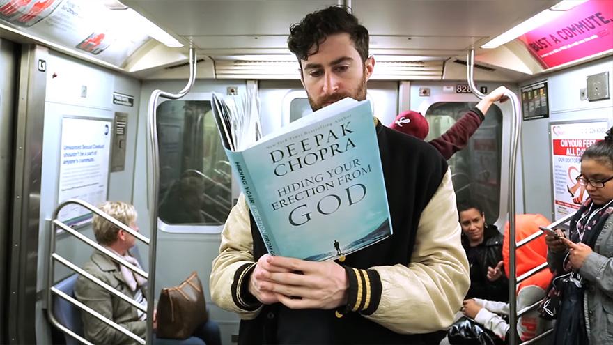Як хлопець епатував людей книгою про 10 тис. фалосів - фото 1