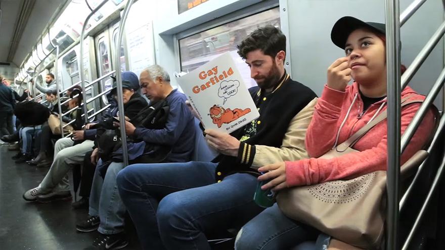 Як хлопець епатував людей книгою про 10 тис. фалосів - фото 4