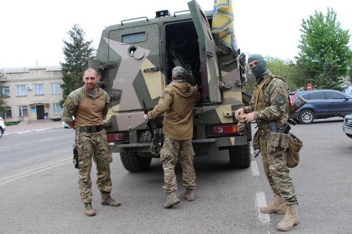 """В Одесі підрахували, скількіки бійців """"Азову"""" прибуло до міста - фото 1"""