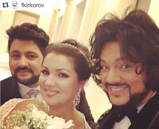 """Як фанатка """"Новоросії"""" Нетребко разом з Кіркоровим весілля справляла - фото 1"""
