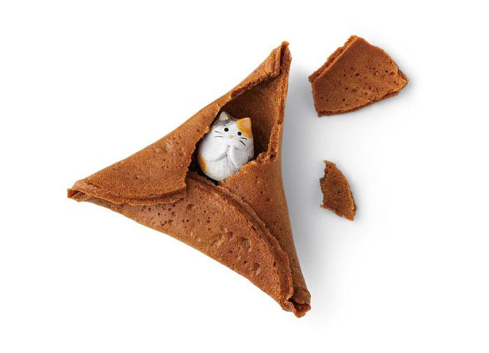 Японці здивували крекерами з котиками - фото 2