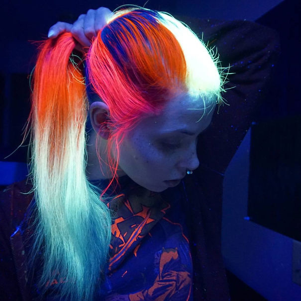 Новий тренд волосся, яке світиться у темряві, підірвав інтернет  - фото 4