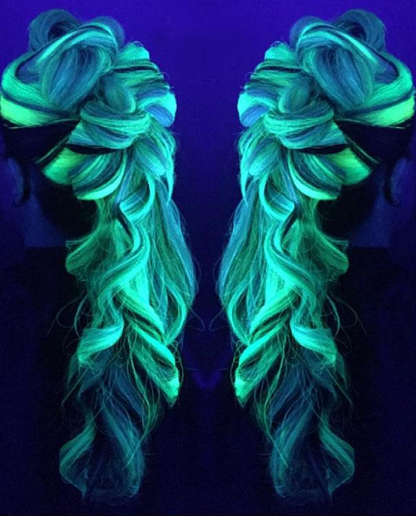 Новий тренд волосся, яке світиться у темряві, підірвав інтернет  - фото 2