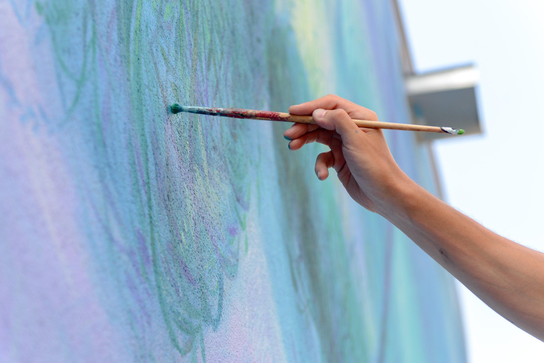 Українець Олександр Гребенюк створив фреску про еволюцію  - фото 1