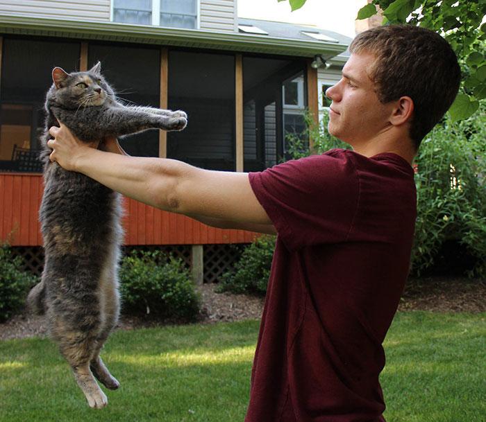 Як хлопець взяв на випускний кішку замість дівчини  - фото 3