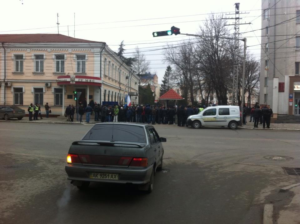 Хроніки окупації Криму: російські війська пішли в наступ - фото 12