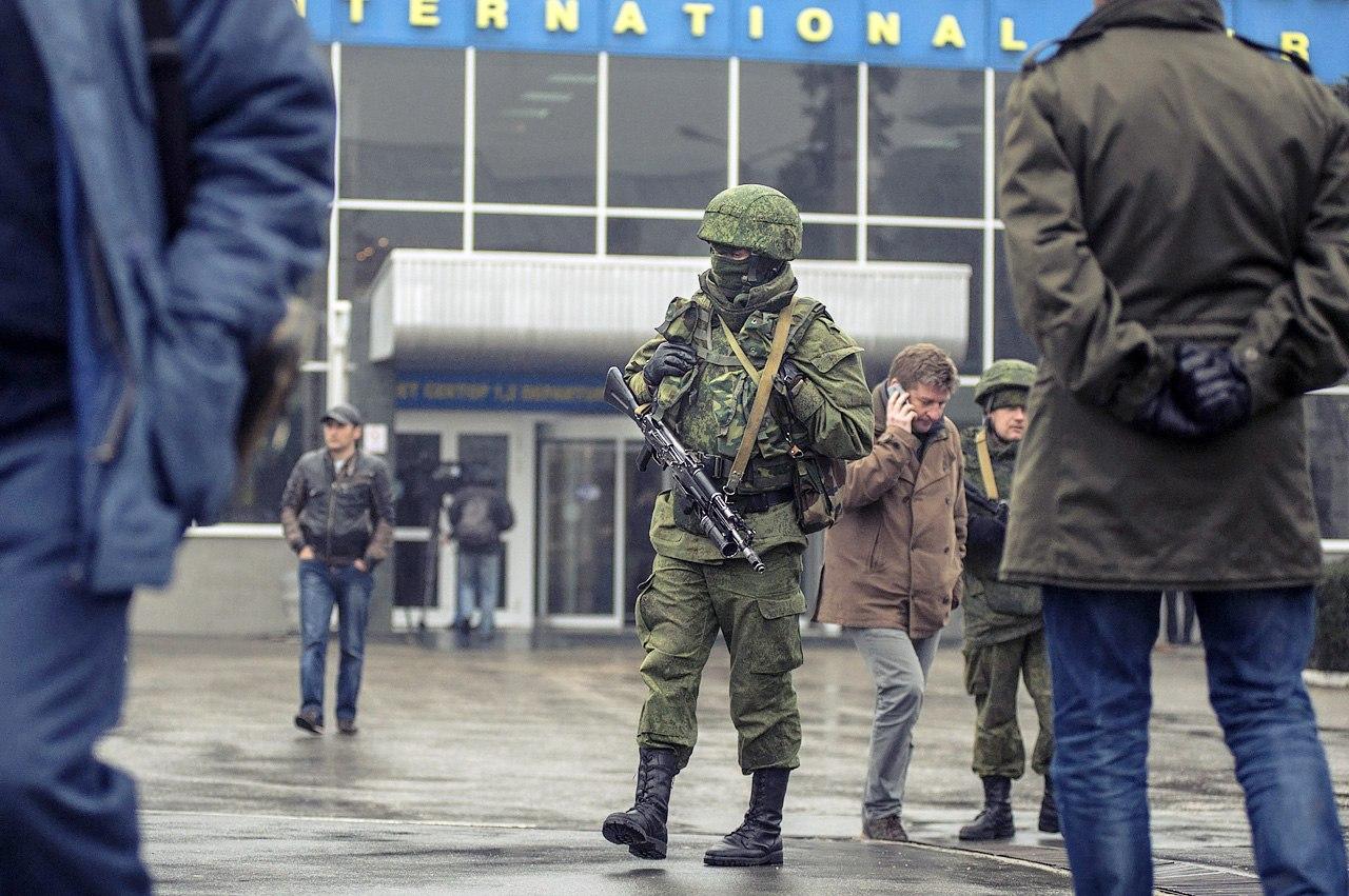 Хроніки окупації Криму: російські війська пішли в наступ - фото 2