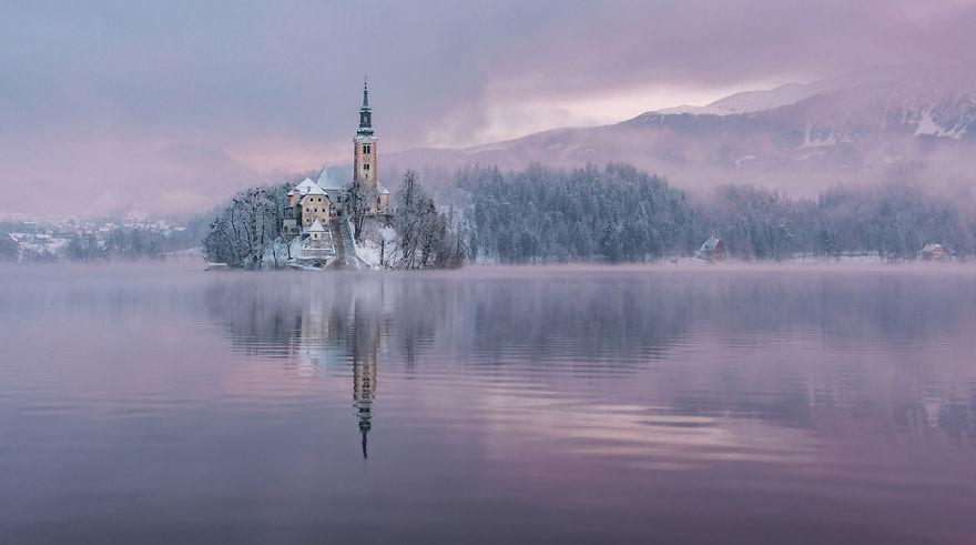 Фотограф подарував світу зимову казку зі Словенії - фото 5