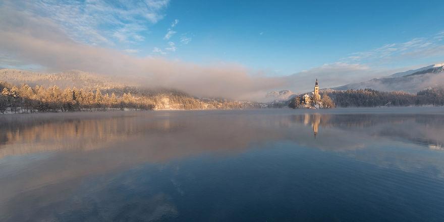 Фотограф подарував світу зимову казку зі Словенії - фото 3