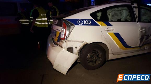 Столичні поліцейські спричини серйозну ДТП - фото 3
