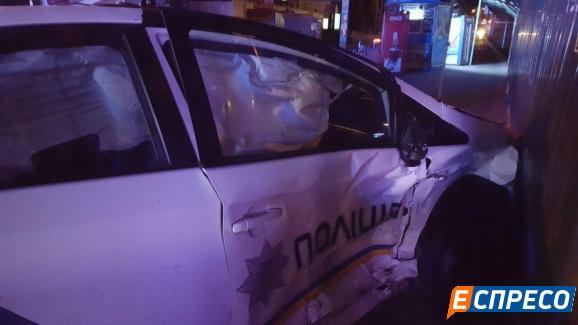 Столичні поліцейські спричини серйозну ДТП - фото 8